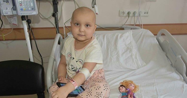 5 yaşındaki Esmanur, karaciğer bağışı bekliyor