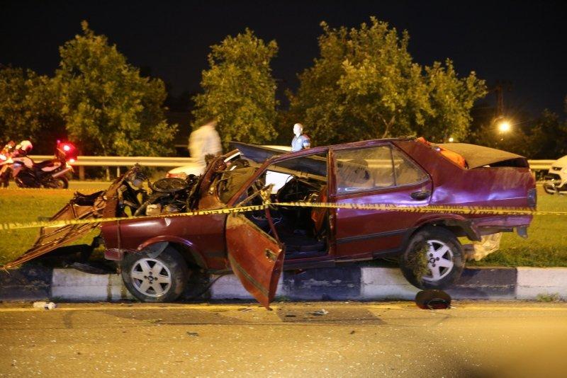 Manisa'da feci olay! Takla atan otomobilden fırlayan kişi öldü