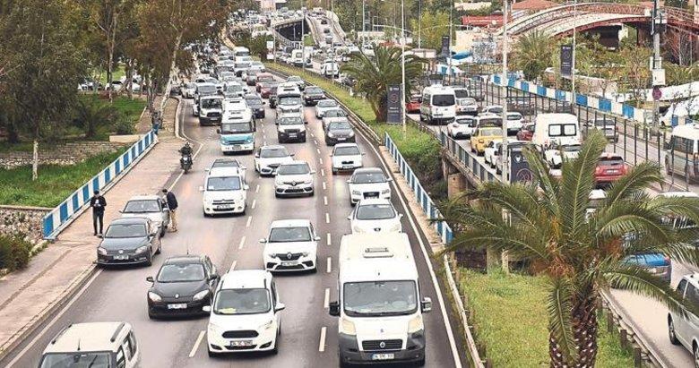 Yeşildere trafiği can çekişiyor