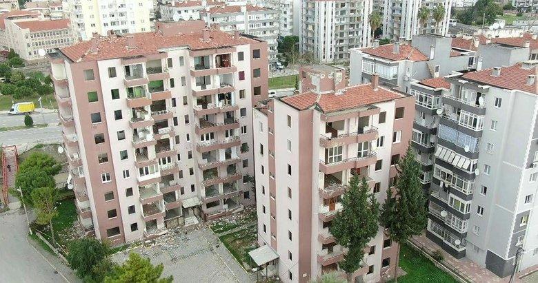 İzmir'de dev dönüşüm! 600 ağır hasarlı bina yıkılıyor