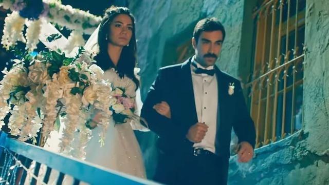 Doğduğun Ev Kaderindir dizisinin Mehdi'si İbrahim Çelikkol herkesi hayrete düşürdü!