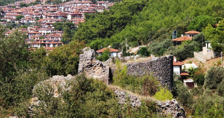 'Sakin Kent' Akyaka'daki Orta Çağ kalesinde kazı çalışmaları başladı