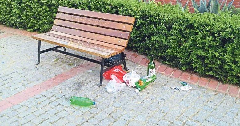 Çocuk parkı sarhoş mekanı oldu
