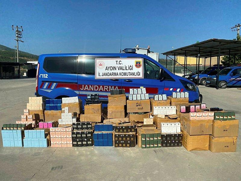 Söke'de binlerce liralık gümrük kaçağı parfüm ele geçirildi