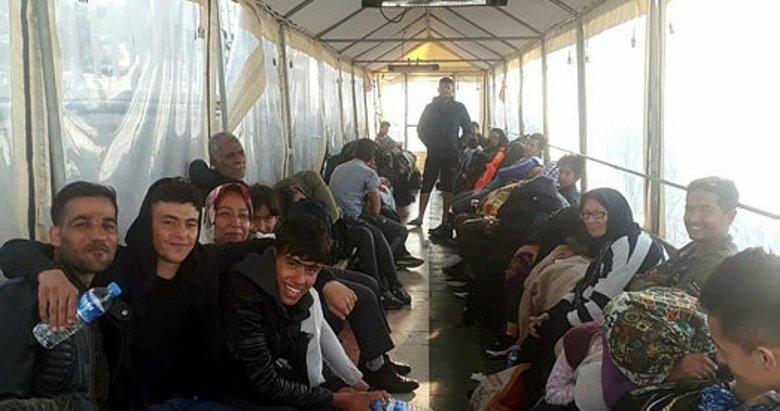 İzmir Çeşme'de 97 kaçak göçmen yakalandı