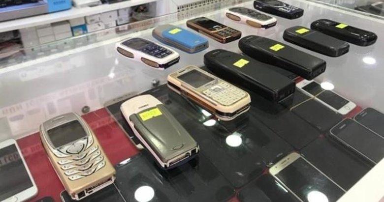 Kamerasız tuşlu telefonlar kıymete bindi! Günde 10 tane satılıyor