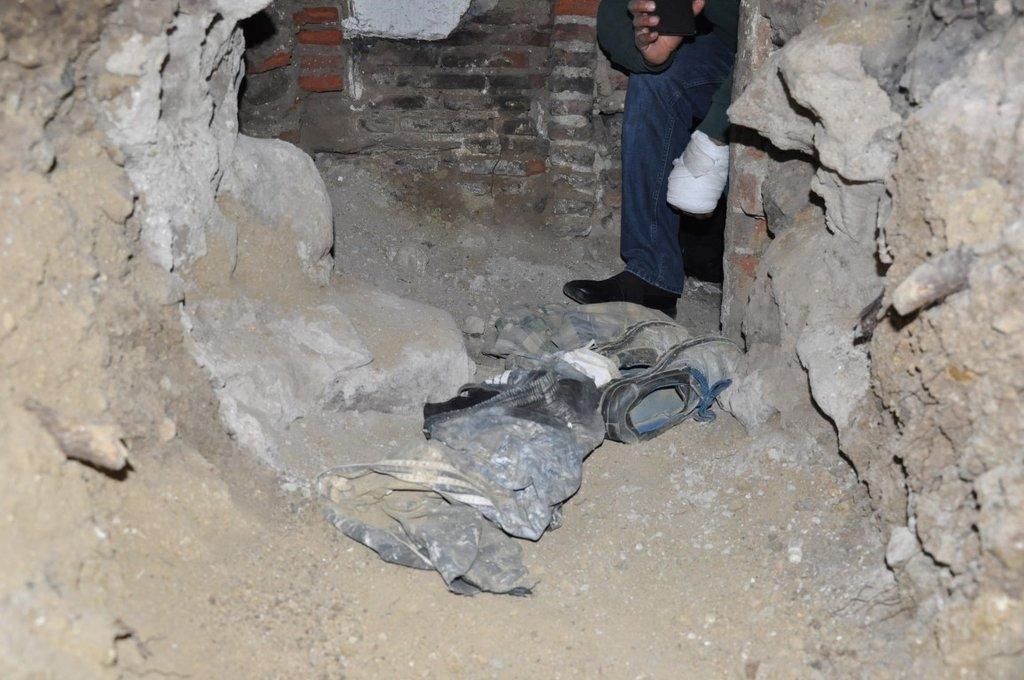 Evin altına tünel kazdılar