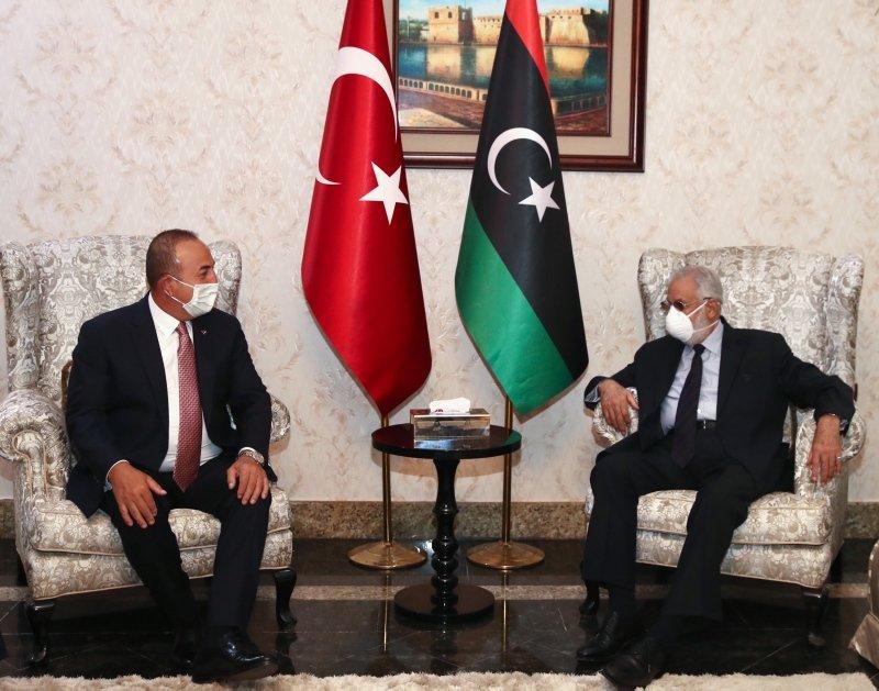 Dışişleri Bakanı Mevlüt Çavuşoğlu, Hazine ve Maliye Bakanı Berat Albayrak ve MİT Başkanı Hakan Fidan Libya'da.