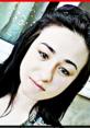 Genç kıza sokakta infaz