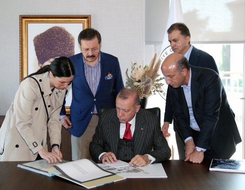 Başkan Erdoğan: Demokrasi ve Özgürlükler Adası'nın yıl sonu itibariyle açılışını yapacağız