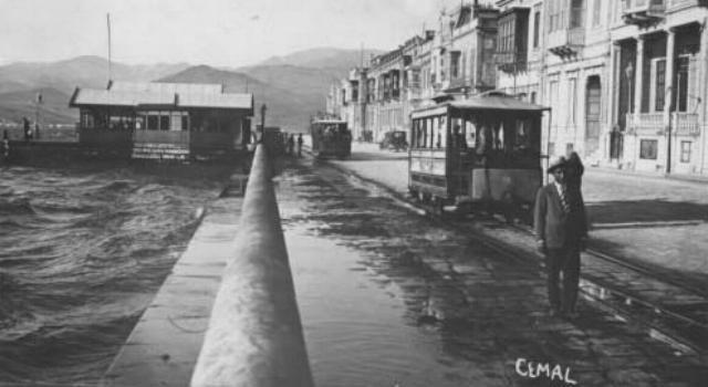 Hiç görmediğiniz eski İzmir fotoğrafları