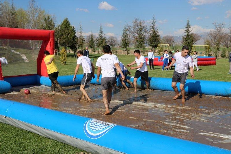 Afyonkarahisar'da Çamur Festivali