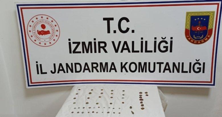 İzmir'de jandarma 51 adet tarihi eser ele geçirdi