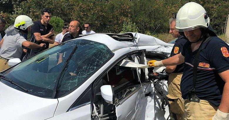 Yolcu otobüsü ile otomobil çarpıştı: 2'si ağır 3 yaralı