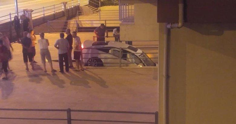 Kontrolden çıkan araç binaya girdi