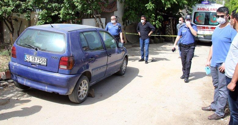 Uşak'ta feci olay! Lastik değiştiren yaşlı adam aracın altında kalarak can verdi