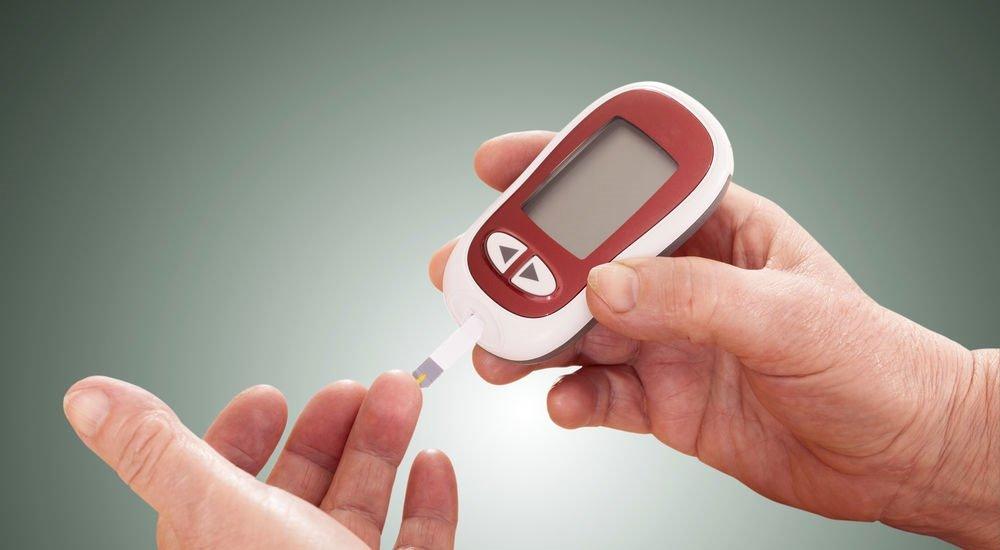 Hipoglisemi (Kan şekeri düşmesi) yaşam kalitesini olumsuz etkiler! İşte kan şekerinin düşmesinin nedenleri...