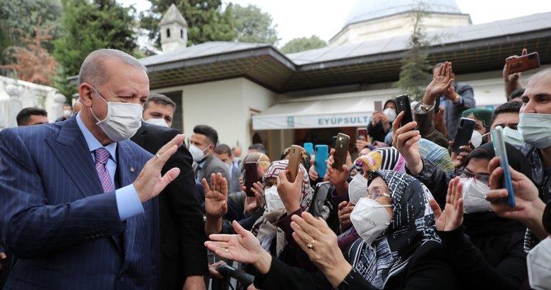 Başkan Erdoğan'a sevgi seli! Eyüpsultan'da vatandaşlarla sohbet etti