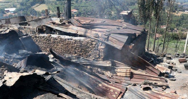 Kurbanlık satışından kazandığı paralar orman yangınında kül oldu