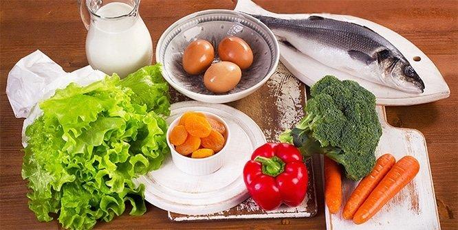 Hangi besinde hangi vitamin var? Vitamin eksikliği belirtileri nelerdir? A, B12, D, folik asit vitamin eksikliği belirtileri...