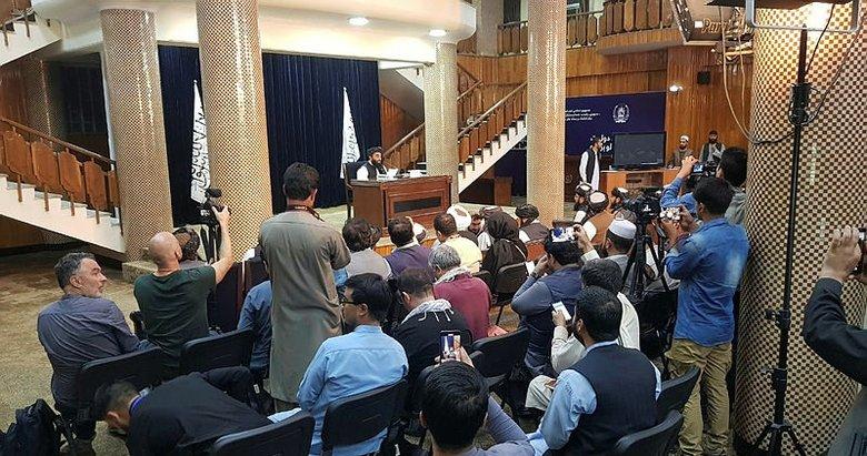 Afganistan'da Taliban, geçici hükümetini açıkladı