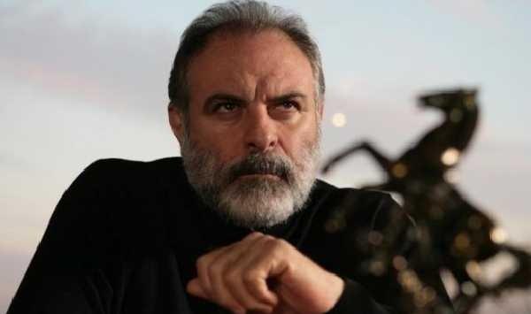 Halka dizisinin İlhan Tepeli'si Burak Sergen yok artık dedirtti! Kardeşini görenler şok oldu