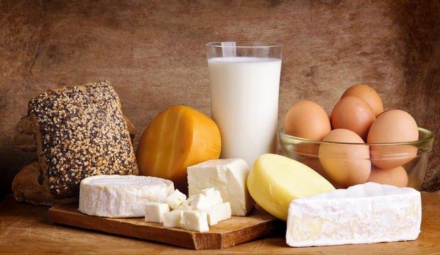 Vitamin eksikliğinin belirtileri nelerdir? İşte A,B12, demir, folik asit eksikliği belirtileri...