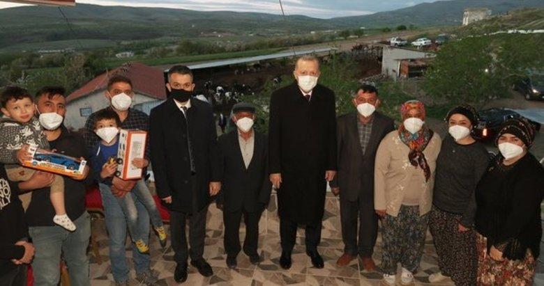 Başkan Erdoğan çiftçi bir vatandaşın evinde iftar yaptı