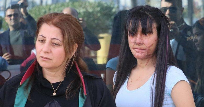 Yüzüne asit atılan Berfin: Kadına şiddet son bulsun