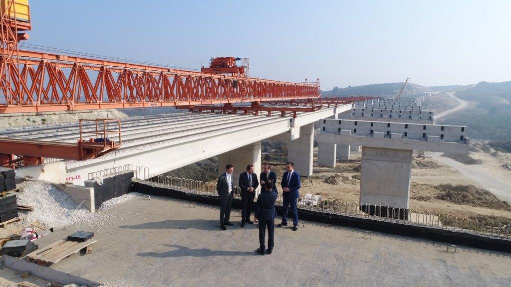 İstanbul-Bursa-İzmir otoyolu tamamlandığında Marmara'yı halka gibi saracak