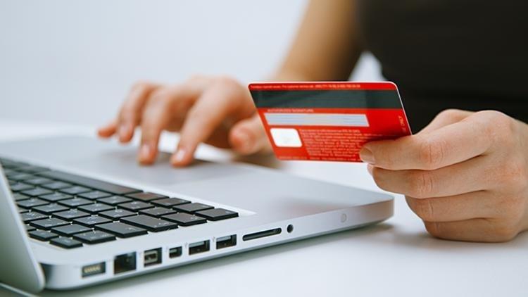 Kredi kartıyla cep telefonu satışlarında taksit düzenlemesi