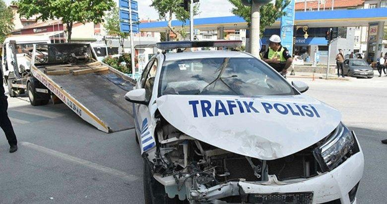 Bakan Eroğlu'nun konvoyunda kaza