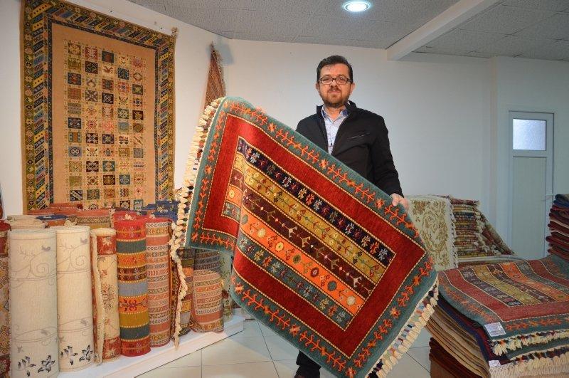 Demirci'nin el halısı Uzak Doğu pazarına yelken açtı