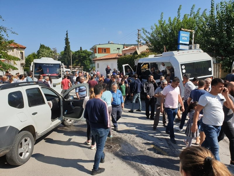 Muğla'da bir garip kaza! Ortalık savaş alanına döndü
