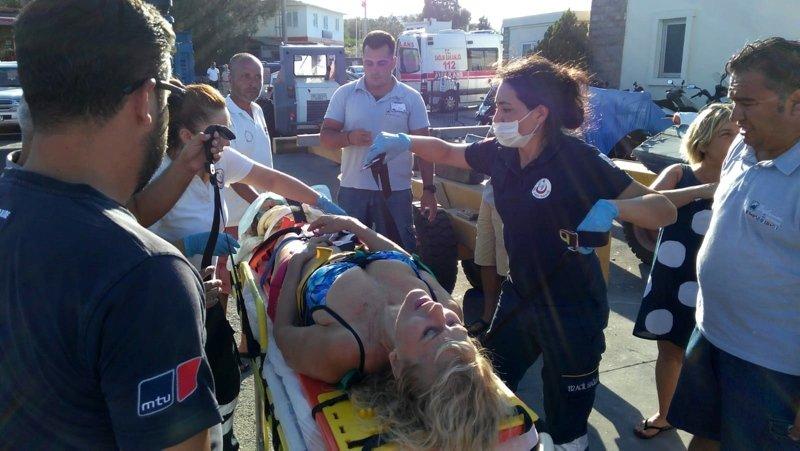 Muğla'da denizde feci kaza! Sürat teknesinin çarptığı kadın ağır yaralandı
