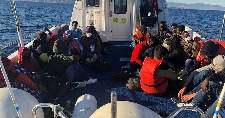 Çanakkale'de Türk kara sularına itilen 52 sığınmacı kurtarıldı
