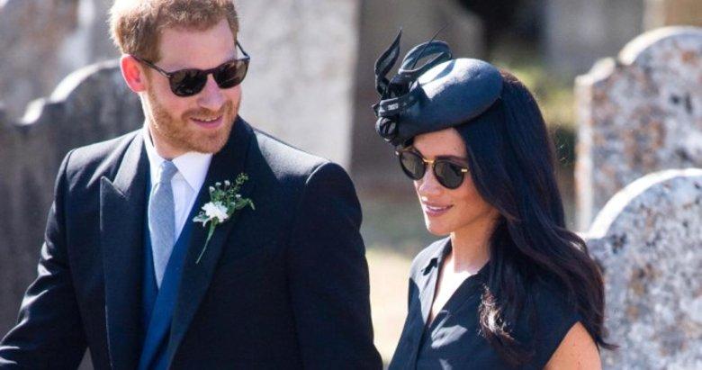 Prens Harrynin delik deşik olan ayakkabısı sosyal medyayı salladı