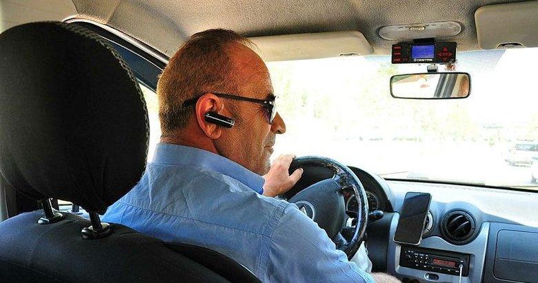 Manisa'ya gelen turist onu arıyor! İlgi çeken taksici