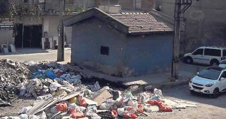 Seyhan mahallesi çöplük sanki