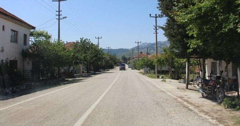 Afyonkarahisar'da bir kasaba daha giriş ve çıkışa kapatıldı