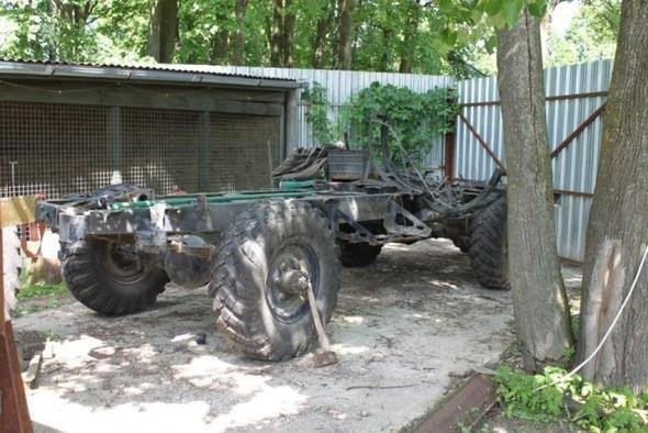 Rus mühendis hurda Mercedes'ten canavar yaptı!