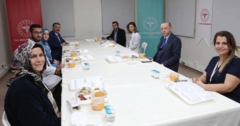 Cumhurbaşkanı Erdoğan, sağlık çalışanlarıyla iftar yaptı
