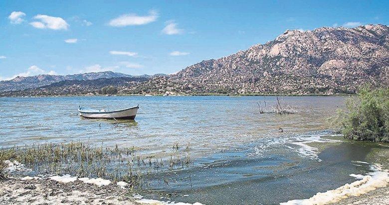 Bafa Gölü patlayarak yok oluyor!